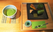Matcha at its best: Tee und Kuchen in einem exklusiven Teehaus in Kyoto